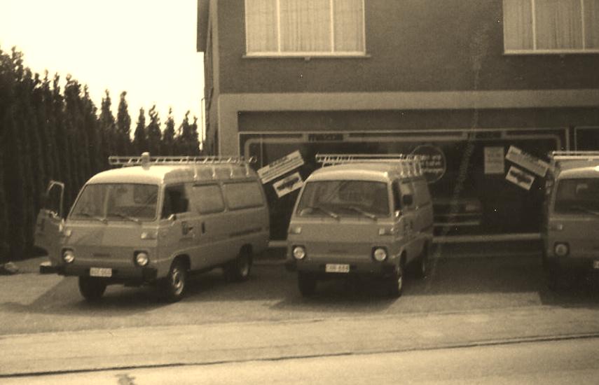 Meer dan 50 jaar uw Mazda verdeler van de streek, nog steeds een echt familiebedrijf. Image